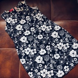 Liz Lange Maternity Black White Floral Dress